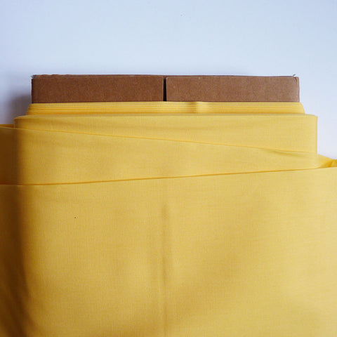 Art Gallery Fabrics : Pure Solids - Banana Cream