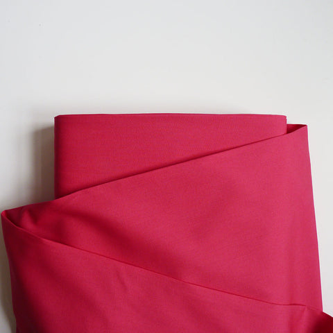 Art Gallery Fabrics : Pure Solids - Cherry Lipgloss