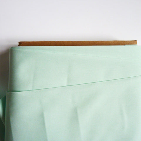 Art Gallery Fabrics : Pure Solids - Icy Mint