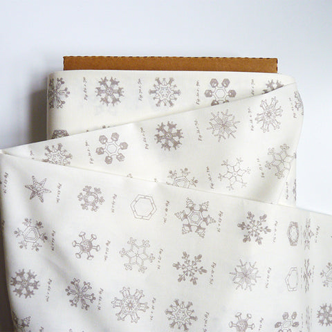 Art Gallery Fabrics : Little Town - Snow Crystals Ash