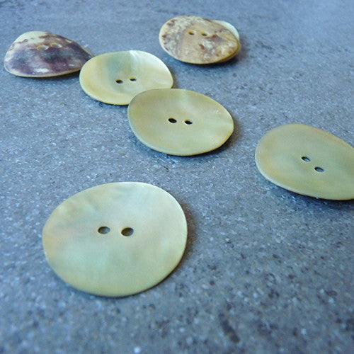 Agoya Shell Button - Matte Beige Thumbnail