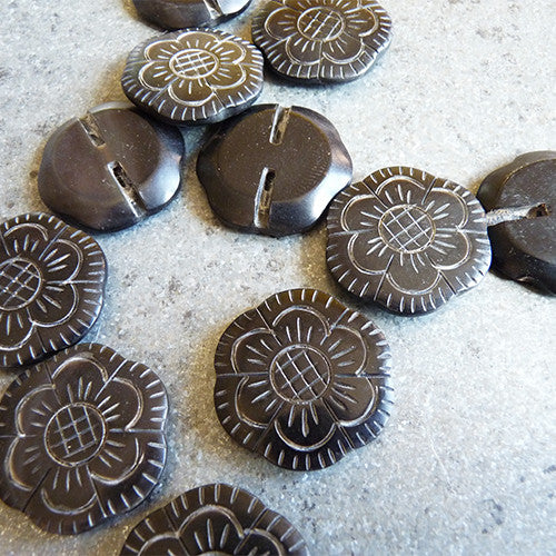 etched flower horn shank button