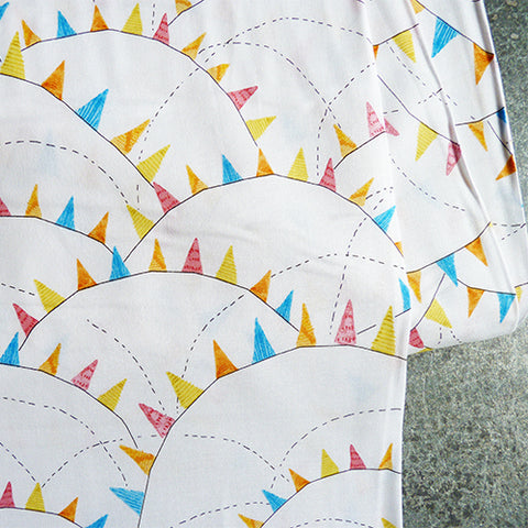 Blend Fabrics : Hello World Glory Days - White bunting quilting cotton