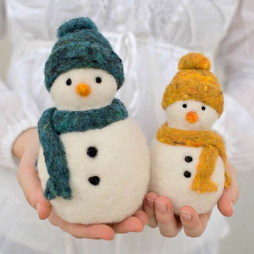 Felted Sky Needle Felting Kit: Snowmen