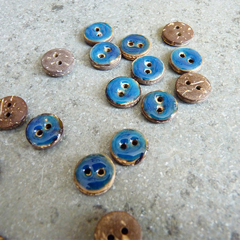 coconut resin button blue