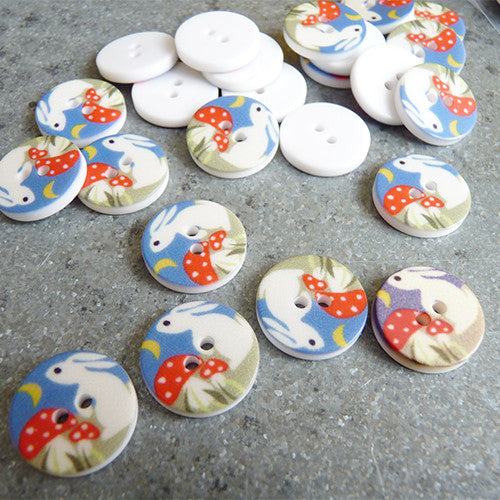 plastic bunny 2 hole button