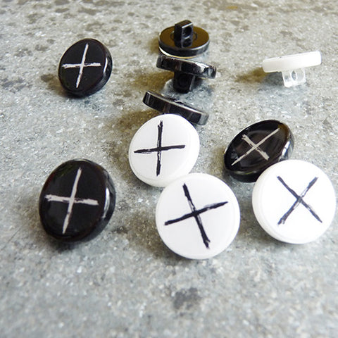 plastic resin cross button
