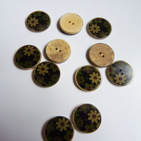 Coconut Resin Button - Floral Camouflage