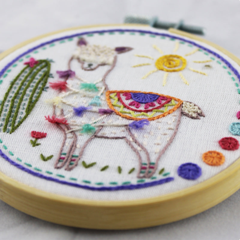 Un Chat Embroidery Kit: Ooh la la, the Llama