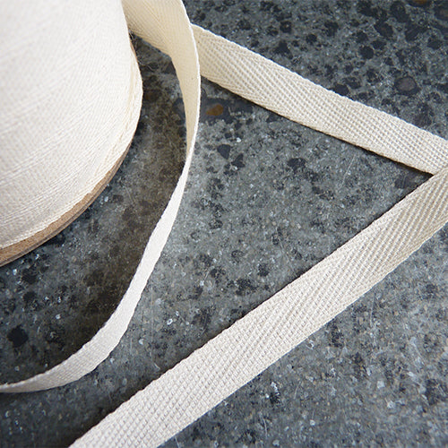 May Arts Ribbon : Lightweight Cotton Twill Tape - Natural