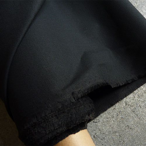 Merchant & Mills Fabric : Cotton Barrier Lining - Black