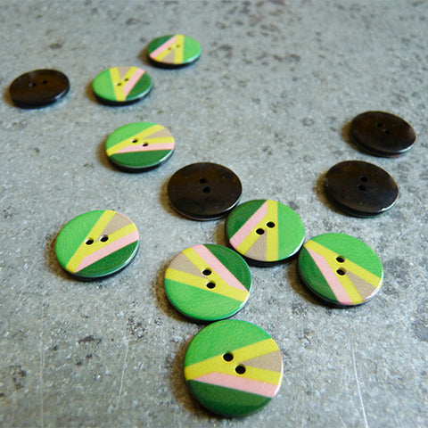 Color Beam Plastic Button - Lime