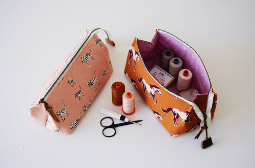 Aneela Hoey Patterns : Pop Open Pouch