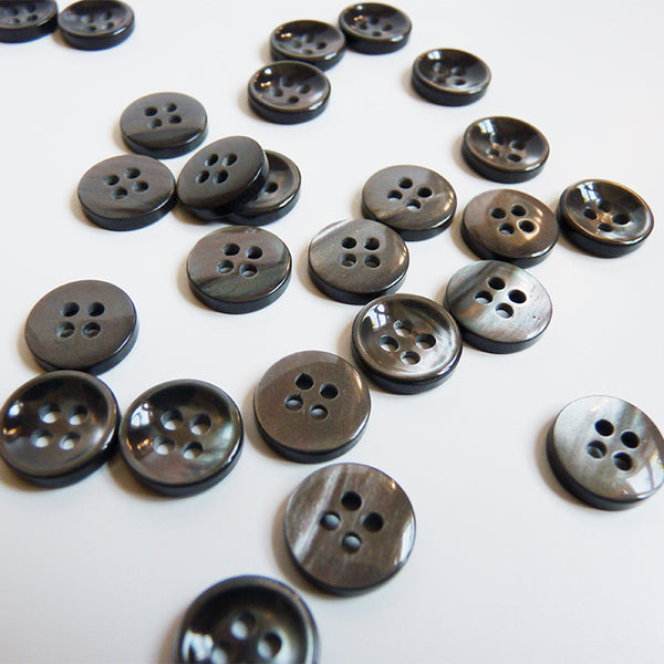 Shell Shirt Button - Smoke