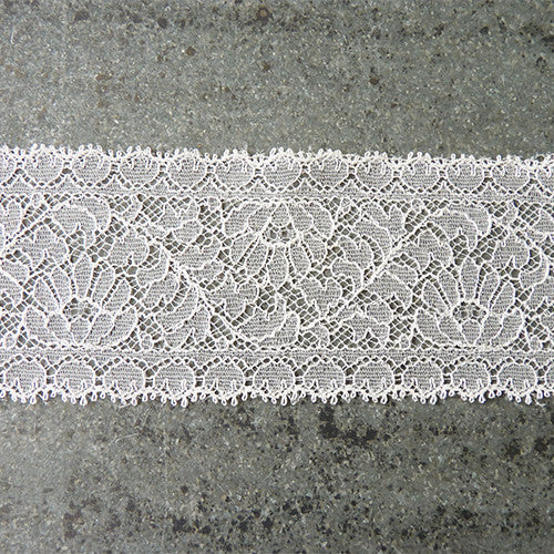 solstiss french leavers lace