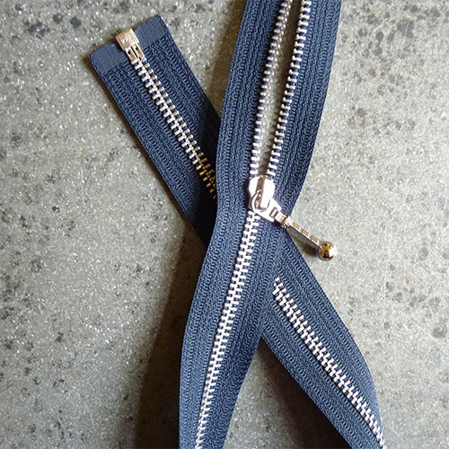 22 in ykk metal separating zipper navy