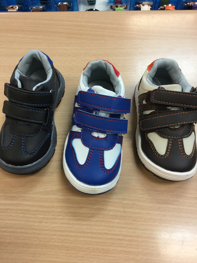768- Infant. Velcro trainers