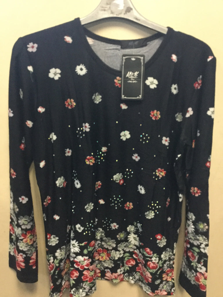 569-Ladies tops with floral design