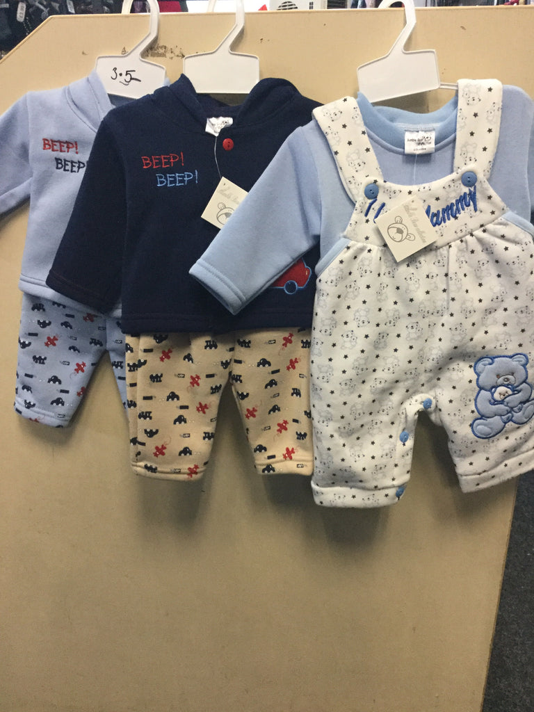 460- Various baby boys fleece top and trousers