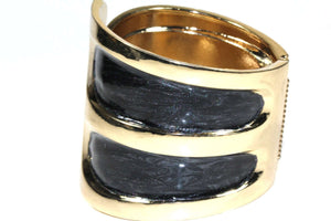 Onyx Twinkling Enamel Hinged Bangle