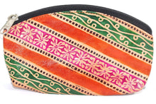 Load image into Gallery viewer, Groovy Coin Purse | Wild Lotus