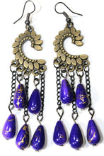 Load image into Gallery viewer, Purple Paisley Petal & Shimmer Beads Earrings