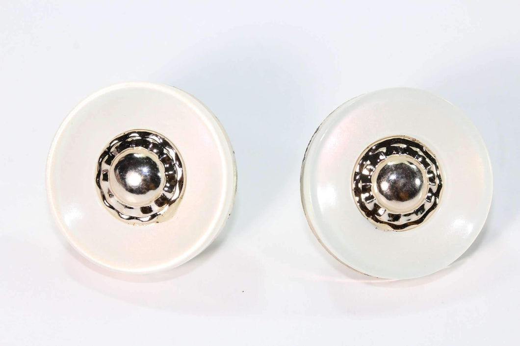 Off-White Button Stud Earrings