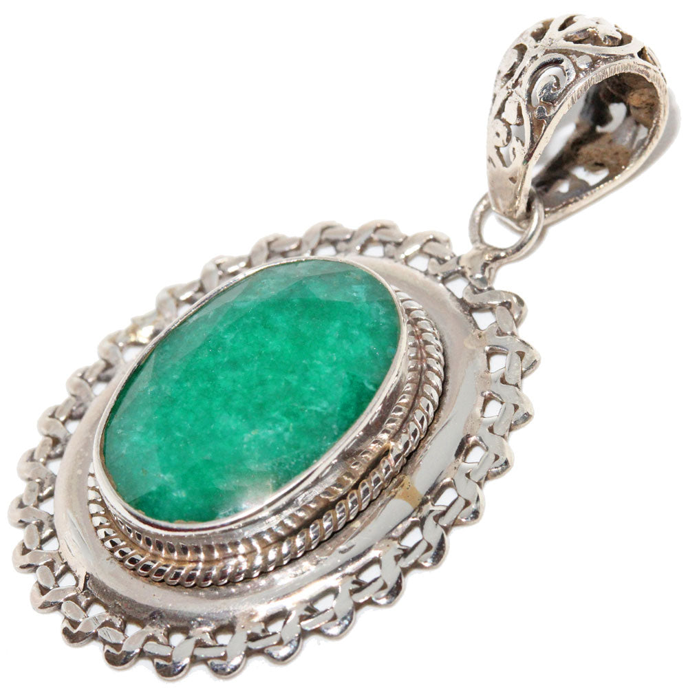 Green Onyx Rope-work Wreath Pendant