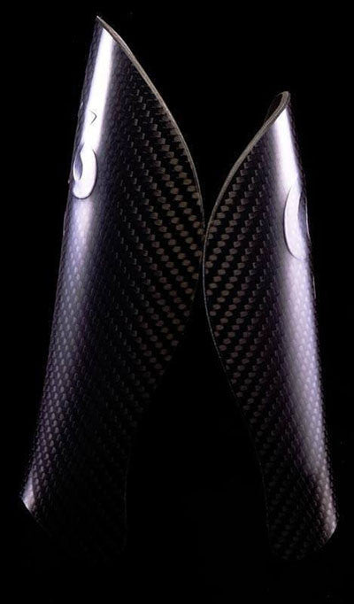 Soccer/Football - Handmade 100% Carbon Fiber Shin Guards - Gen 3 - Large / Medium