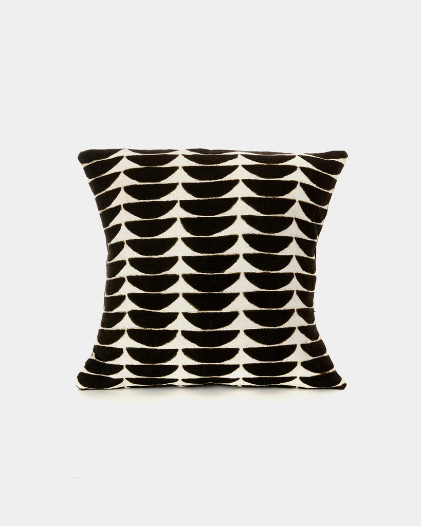 Half Moon Mudcloth Pillow - Hesby