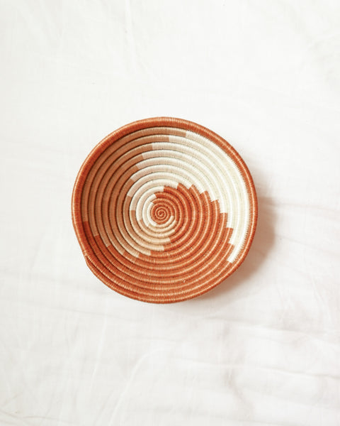 Rust Swirl Tabletop Basket