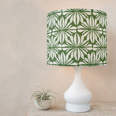 This lamp looks so modern and graphic! Yet the design is inspired by traditional Hawaiian barkcloth fabric.