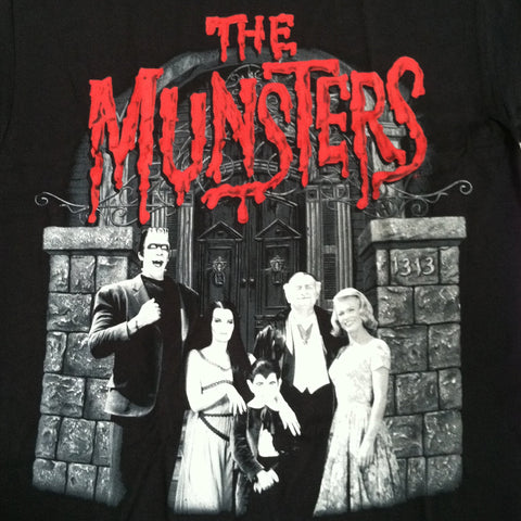 Munsters family portrait black tshirt