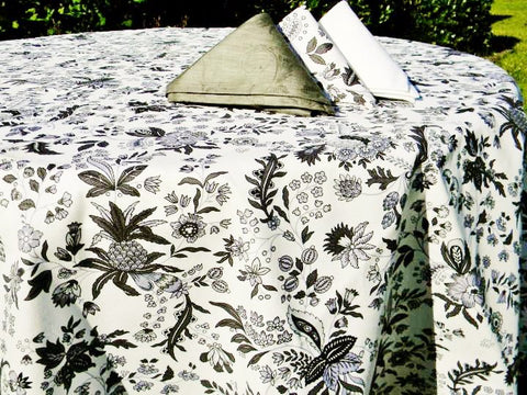 Versailles Black & White Provence Coated Cotton Tablecloth - Le Cluny