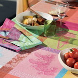 Mille Gardenias, Bourgeons Tablecloth