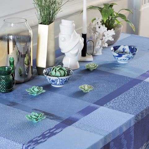 "Mille Colibris Maldives Coated Tablecloth, 69"" x 84"""