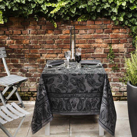 Dîner en Ville, Slate Tablecloth