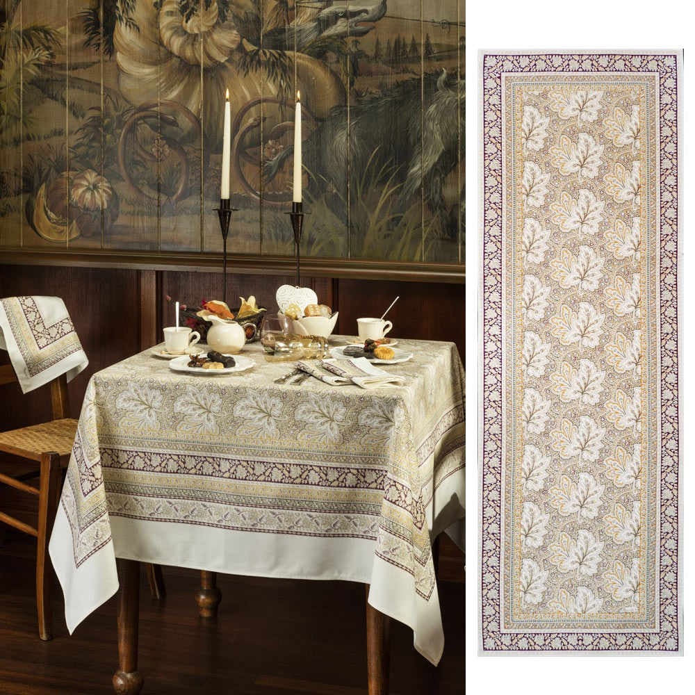 Feuilles de Vigne (Vine Leaves), Hazelnut, Table Runner