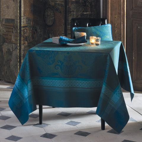 "Mille Noel Chalet Tablecloth, 71"" x 71"""