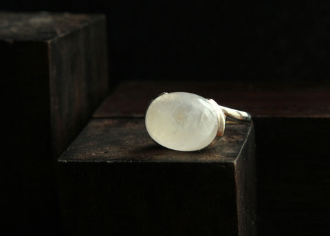 Moonstone and Sterling Silver Ring   Size 6