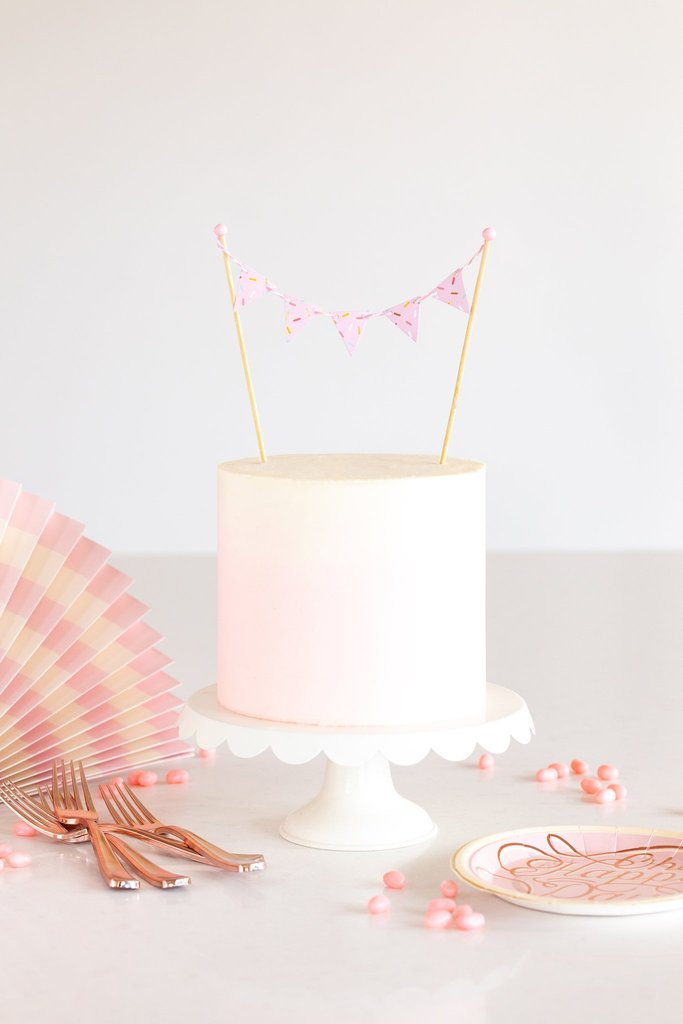Cake by Courtney- pennant cake topper
