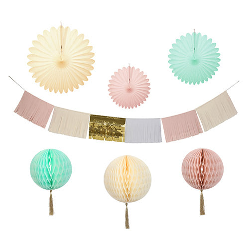 Pastel decorating kit