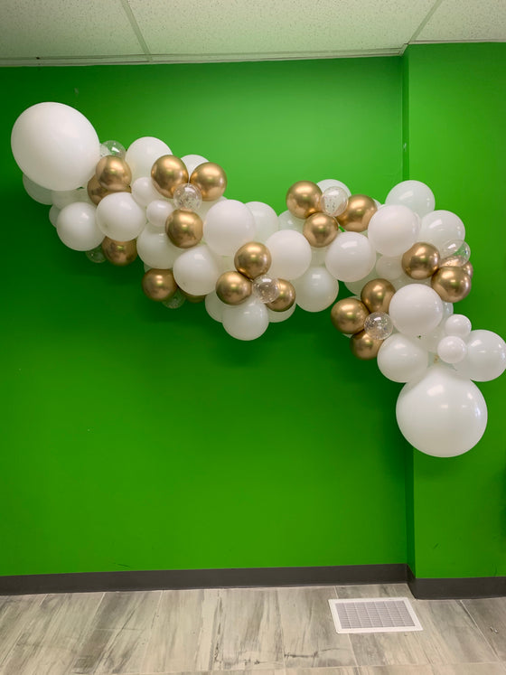 With real petals balloon garland - ready for you to hang