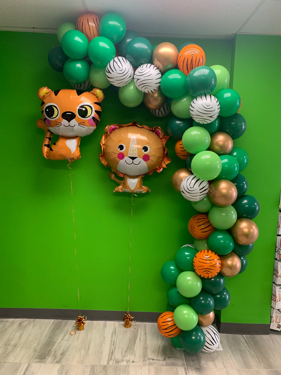 Wild one safari balloon garland