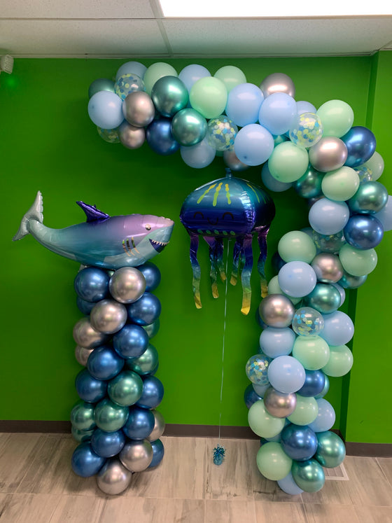 Under the sea confetti balloon garland