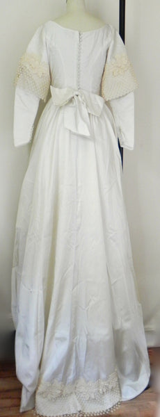 Vintage 1950s Bridal Originals Ivory Cream Satin Lace Wedding Dress w/ Removable Sleeves and Train XS/S - Vintage World Rocks - 11