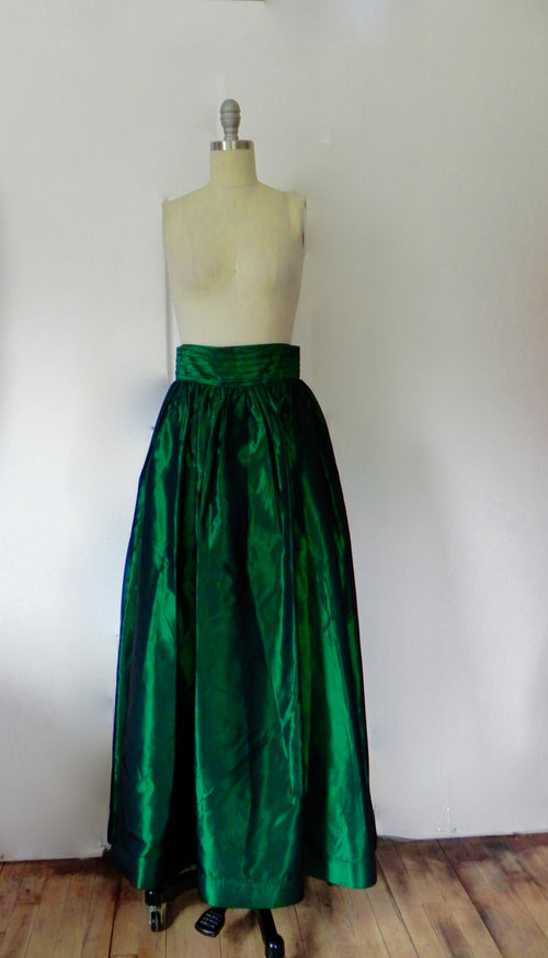 Rental or Purchase Bill Blass Evening Emerald Green Skirt. - Vintage World Rocks - 2