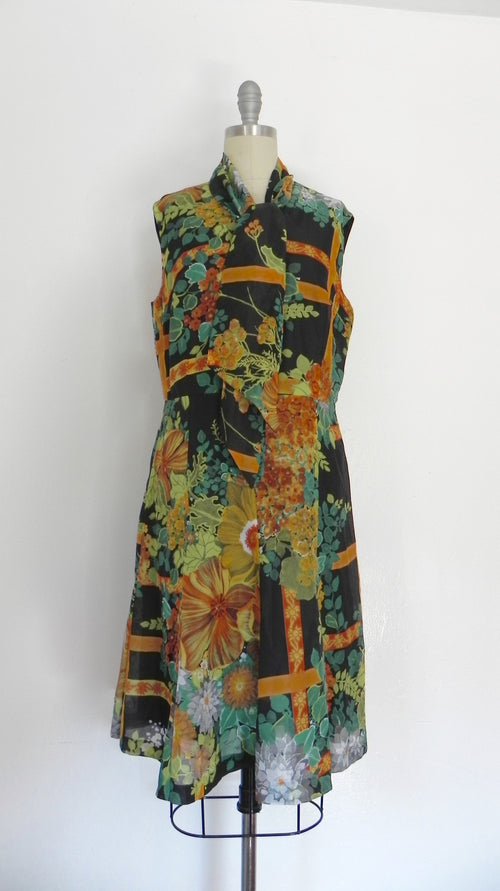 Vintage 1960s Colorful Aline Dress with Tie at Neck - Vintage World Rocks - 2