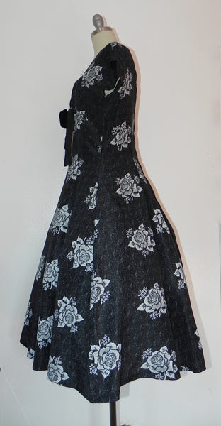 Vintage 1950s Black Heart Floral Bodice Princess Circle Dress - Vintage World Rocks - 4