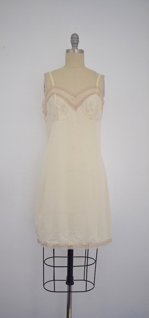 Vintage 1970 Beige Nightgown